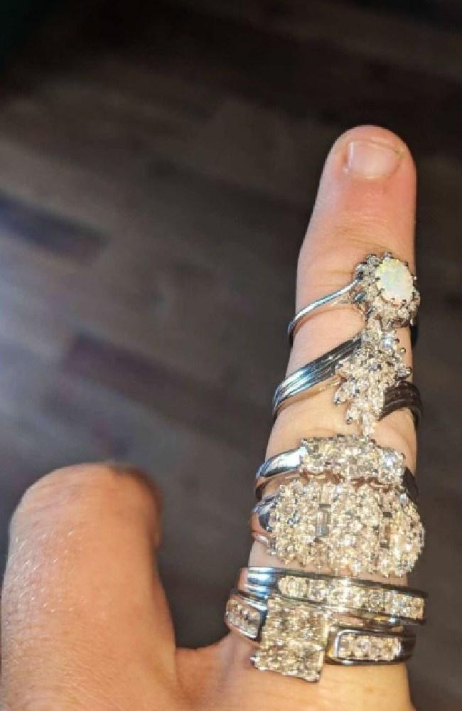 The diamond rings are worth $18,000. Source: Yahoo7 News
