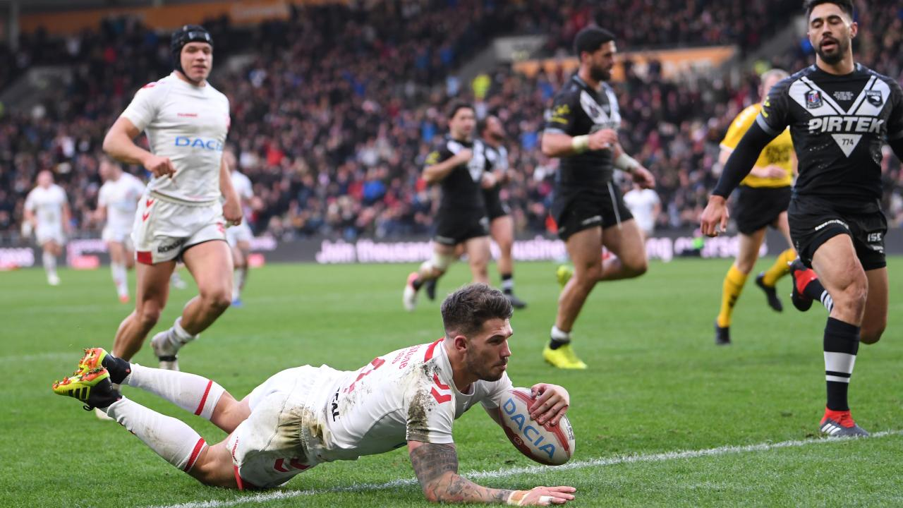 Oliver Gildart storms over for the match-winning try.