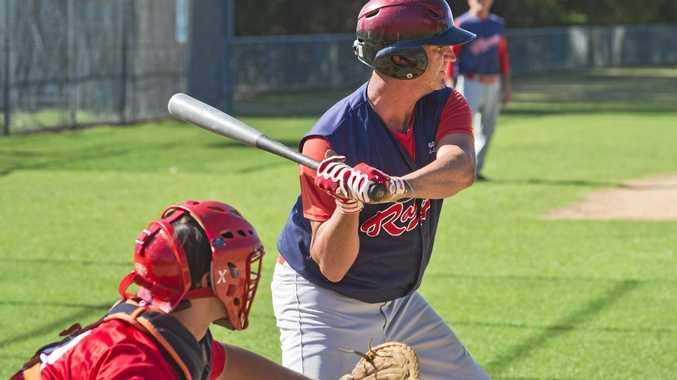 Mick Locke bats for Rangers. Baseball, Toowoomba Rangers vs Carina Redsox. Sunday, 18th Feb, 2018.