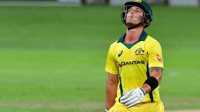 Australia crumble to 33-run defeat against Pakistan in final T20