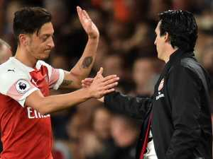 Ozil loses plot as Arsenal run comes to undignified end