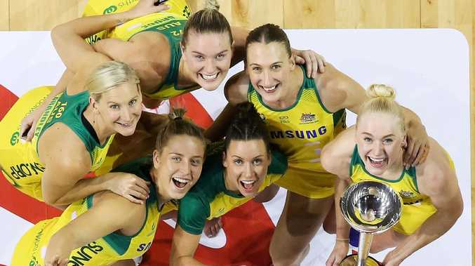 April Brandley, Jamie-Lee Price, Courtney Bruce, Kelsey Browne, Emily Mannix and Jo Weston of Australia pose with the Constellation Cup.