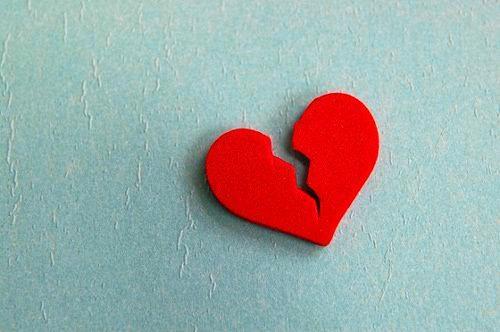 A broken heart has cost a woman $500.