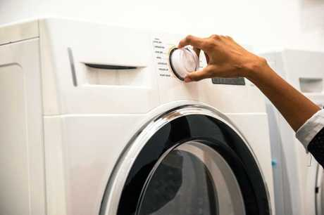 Fill your dishwasher and washing machine before starting a new cycle.