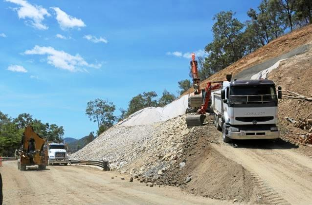 Site 12: The rock fill for the upslope of site 12 on Sarina-Marlborough Road, on Sarina Range, is ongoing