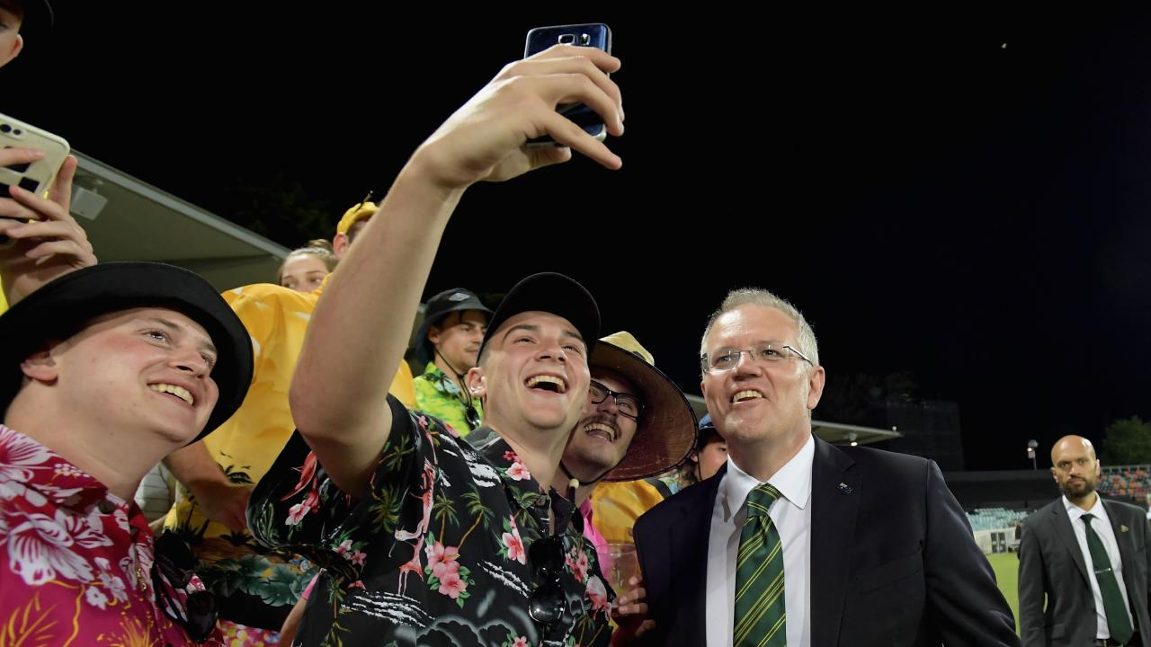 'Come here maaayte … selfie!!' Picture: Tracey Nearmy/Getty Images