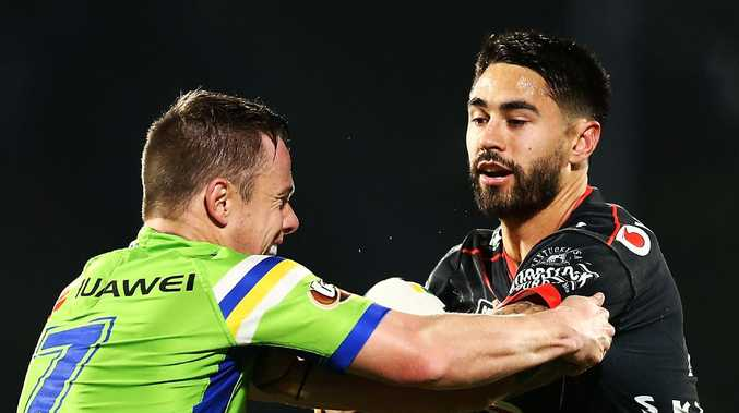 Shaun Johnson has emerged as a potential target for the Raiders.