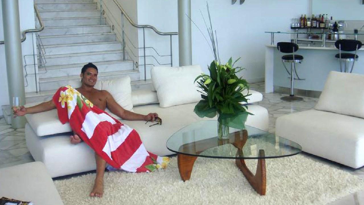 Fake prince Joel Morehu-Barlow flaunts his stolen wealth.