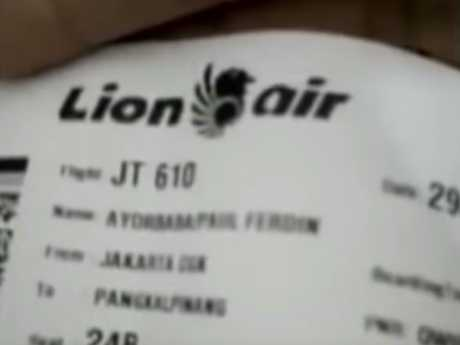 The video shows Mr Ayorbaba's boarding pass bearing the JT610 flight number.
