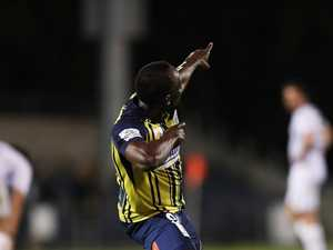 Bolt making a real splash for Mariners: Oar