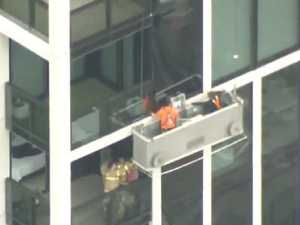 Window cleaners trapped 35 floors up