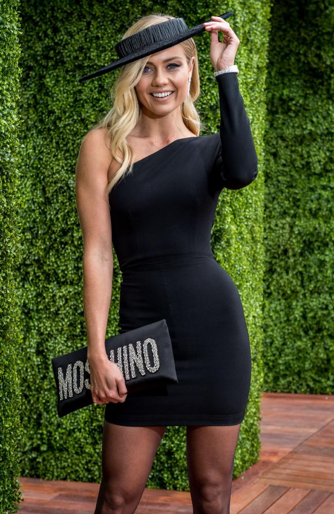 Holy bling! Elyse Knowles is sporting a chic Alex Perry frock — but it's the $100,000 worth of diamonds that really grabbed attention. Picture: Jake Nowakowski