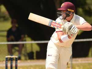 Renshaw pops up with timely reminder