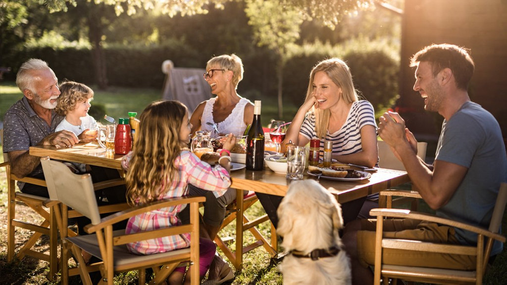 Queenslanders are more likely to talk superannuation around the dinner table than any other state.