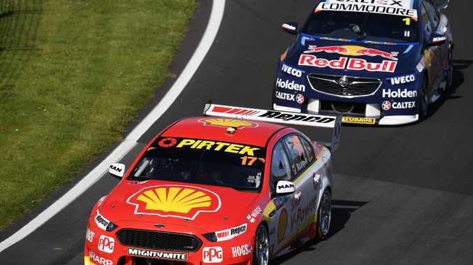 Scott McLaughlin leads the way in Auckland.