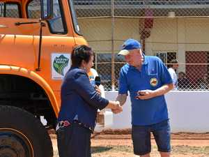 Historic hand over at truck and tractor show