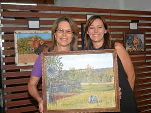 Country living inspires artist