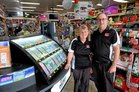 Karalee News owners Janet and Chris Calver.
