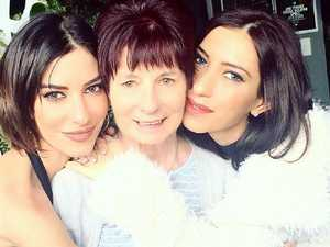 Veronicas' Lisa in wedding dress reveal