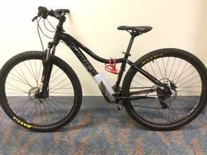 Toowoomba police search for owner of stolen mountain bike