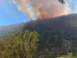 Bushfire travelling towards Conway Beach township