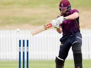 No balls, sixes and a new one-over world record