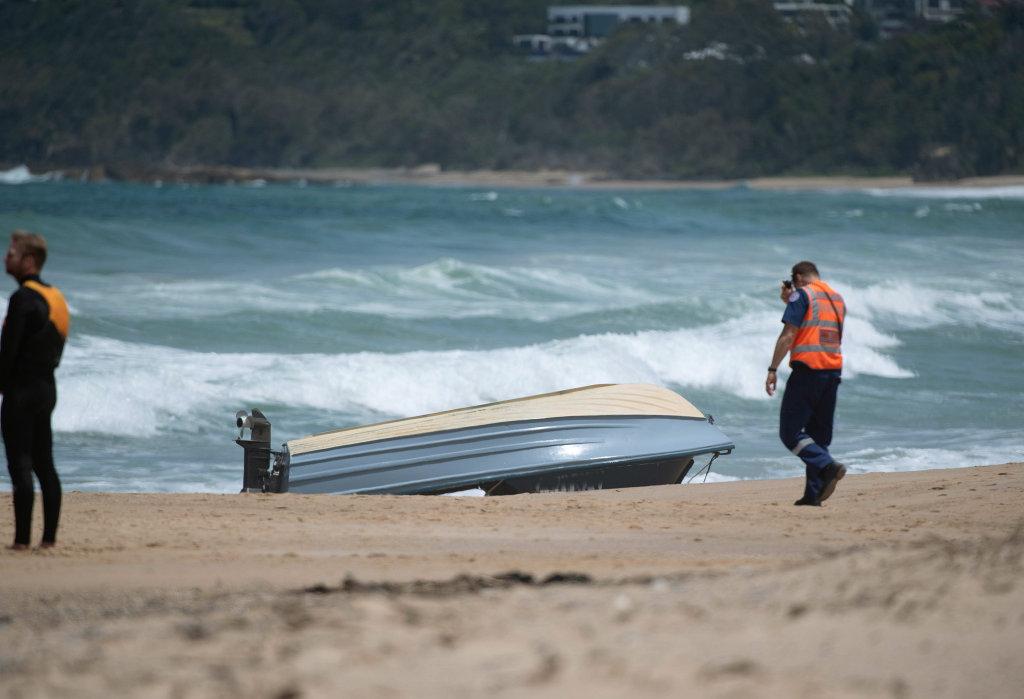 Boat capsizes off Sapphire Beach.