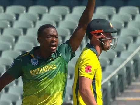 Kagiso Rabada gives Chris Lynn a serve