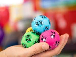 Lotto winner seeks man for $100k