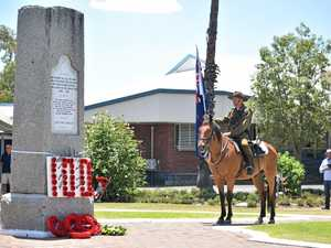 Lest We Forget: Roma pays homage to those who have served