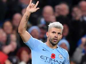 Aguero hits hat-trick to close Liverpool gap