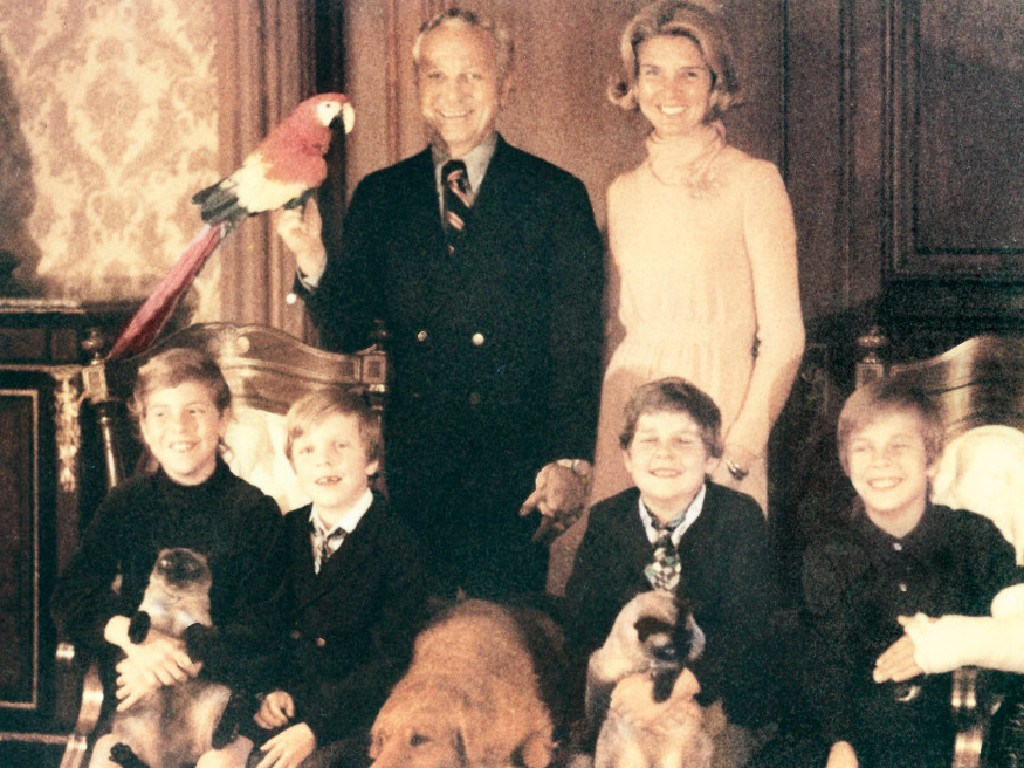 A family photo from the 1970s. Seated from left: Christine, Jay, Braddy and Greg. Standing from left: Edgar and Carol.