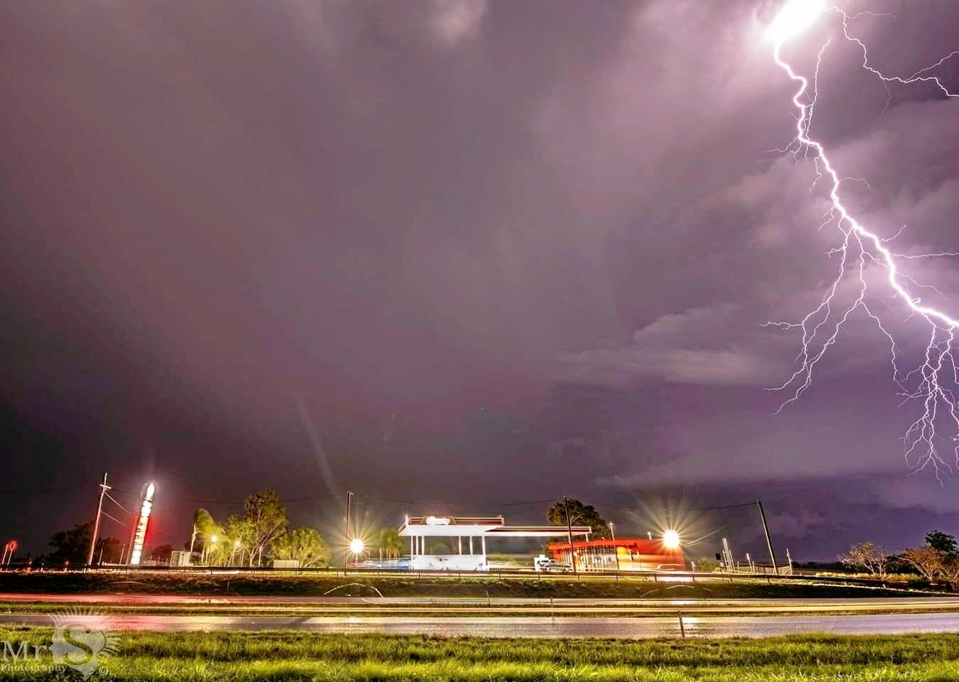 Lightning lights up rotating supercell at Amberly.