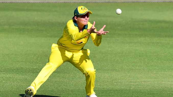DROUGHT: Beth Mooney has not scored a half-century for Australia in nine innings, dating back to March 26. Will she raise the bat against New Zealand today?