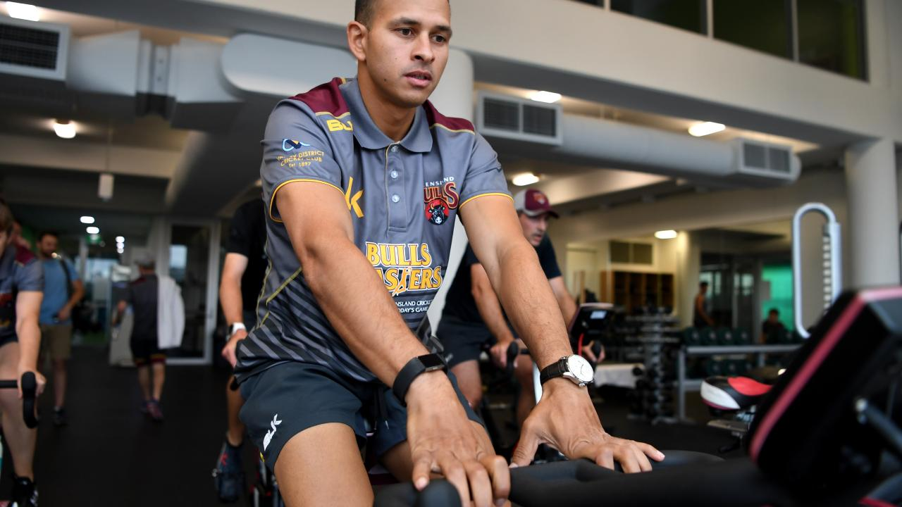 Usman Khawja is building his fitness after having knee surgery. Picture: AAP