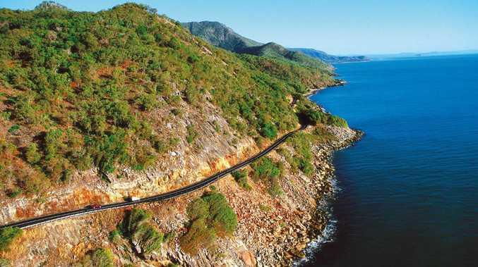 The scenic Captain Cook Highway between Port Douglas and Cairns.