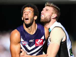 Bombers set to sign former Freo ruck