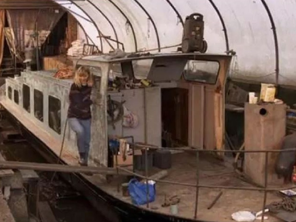 The boat has been transformed into a beautiful home for the young family. Picture: Netflix