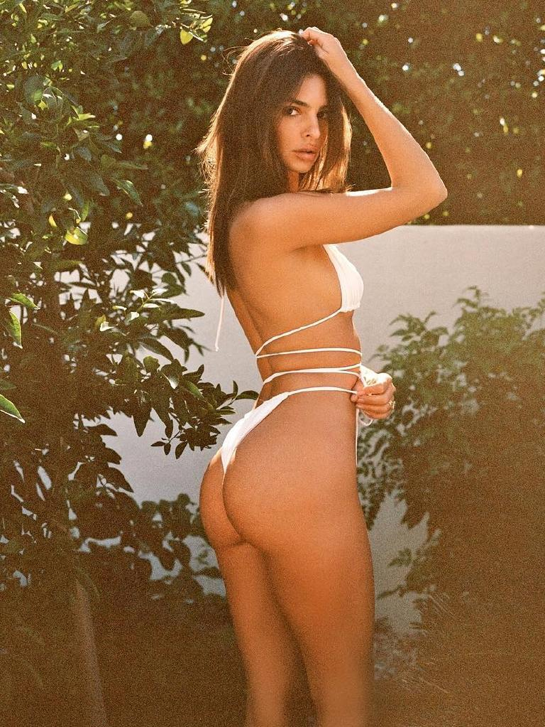 Emily Ratajkowski with a self-inflicted atomic wedgie. Picture: Instagram