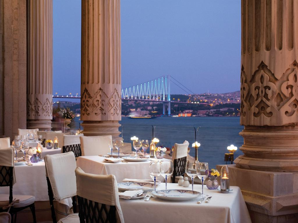 Tugra Restaurant Lounge, Ciragan Palace Kempinski, Istanbul. Picture: LHW