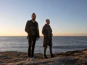 Duo takes electric sounds on the road