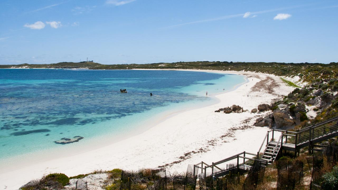 Which is more expensive to visit — Rottnest Island or Bali?