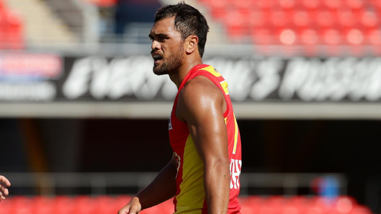 Karmichael Hunt in action for the Suns.