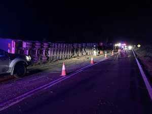 UPDATE: Lengthy cleanup for overnight truck crash