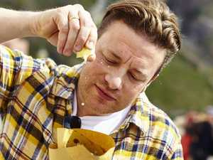 Celebrity chef Jamie Oliver takes on Italy's nonnas
