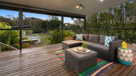 There is a great deck out the back for entertaining.