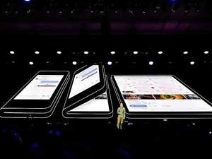 Doubts emerge over folding phone