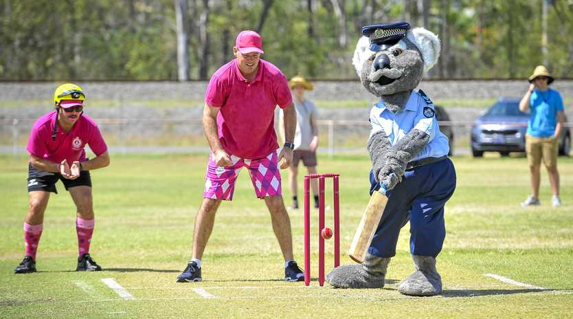 Constable Clancy at the 2018 Gladstone Pink Stumps Day.