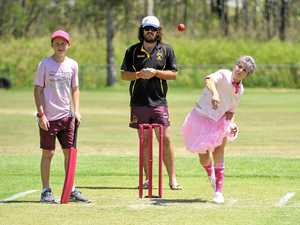Gladstone 2018 Pink Stumps day