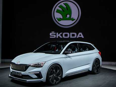 Skoda Vision RS: Paris motor show concept with striking front lighting